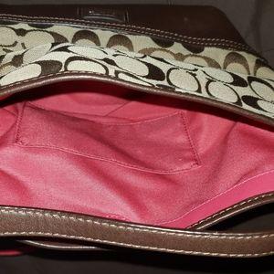 Austenic coach bag